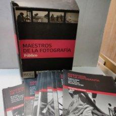 Libros de segunda mano: MAESTROS DE LA FOTOGRAFÍA-PUBLICO- COLECCIÓN DE 21 FASCÍCULOS Y ARCHIVADOR. Lote 280369648
