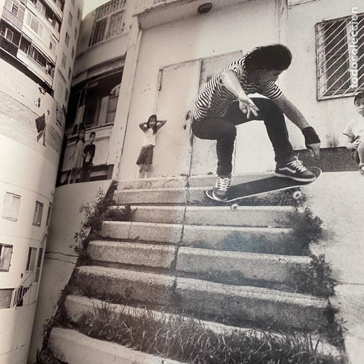 Libros de segunda mano: Libro Dirt ollies A skateboard trip to Mongolia Carhartt - Foto 3 - 288191623