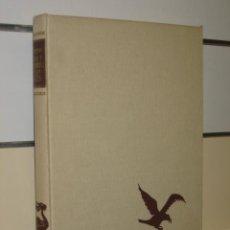 Enciclopedias de segunda mano: VIDA Y COSTUMBRES DE LAS AVES P. BARRUEL EDITORIAL JUVENTUD 1964. Lote 26859570