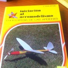 Enciclopedias de segunda mano: INICIACIÓN AL AEROMODELISMO ED. ALTEA 1984. Lote 57435003
