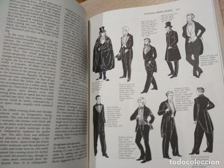Enciclopedias de segunda mano: THE ENCYCLOPEDIA OF WORLD COSTUME. YARWOOD, DOREEN - Foto 2 - 125494691