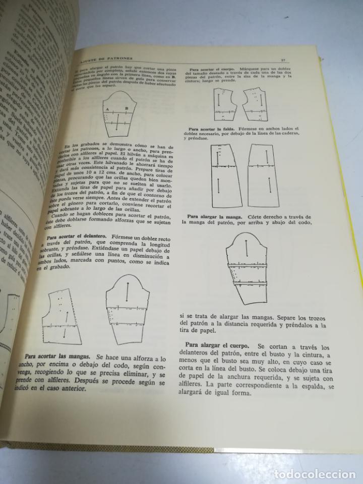 Enciclopedias de segunda mano: LIBRO SINGER DE COSTURA. MARY BROOKS PICKEN. ESPAÑOL. ILUSTRACIONES. VER FOTOS - Foto 2 - 207604112
