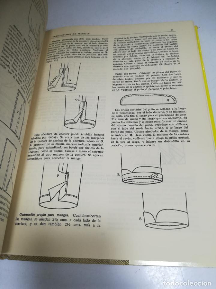 Enciclopedias de segunda mano: LIBRO SINGER DE COSTURA. MARY BROOKS PICKEN. ESPAÑOL. ILUSTRACIONES. VER FOTOS - Foto 8 - 207604112