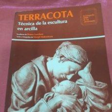 Libri di seconda mano: TERRACOTA - ENCICLOPEDIA CEAC DE LAS ARTESANÍAS 1989. Lote 207982468