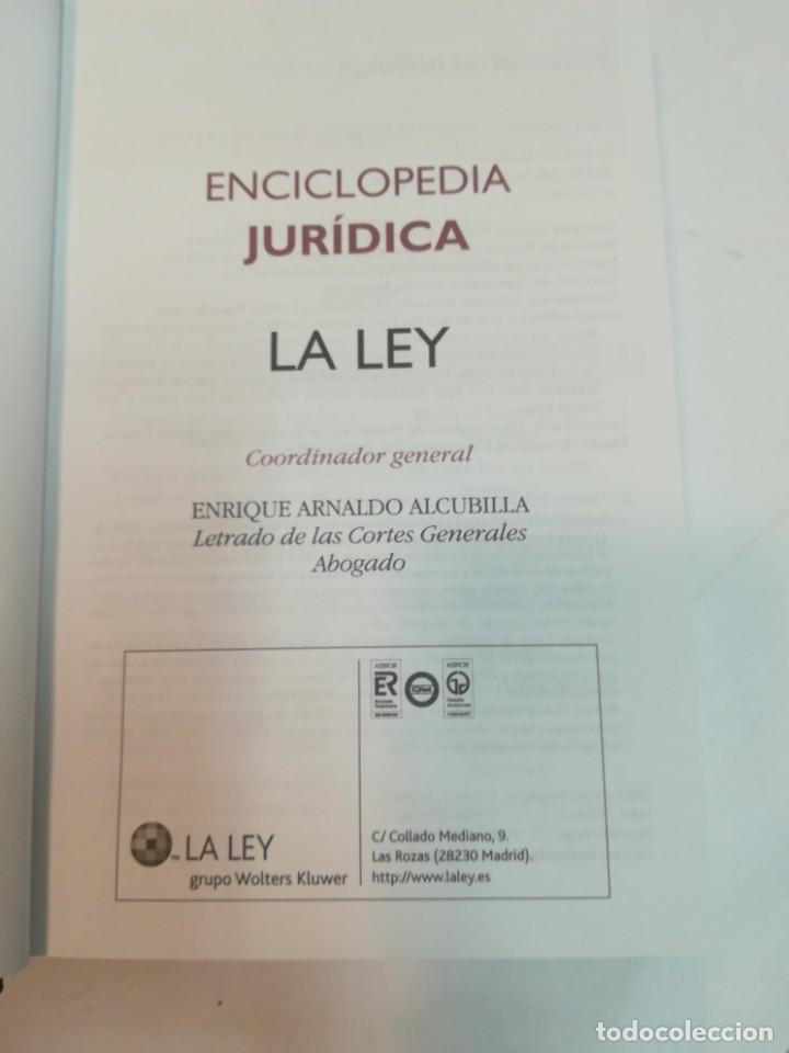 Enciclopedias de segunda mano: GRUPO WOLTERS KLUWER Enciclopedia juridica. 35 Tomos S1225AT - Foto 2 - 222121393