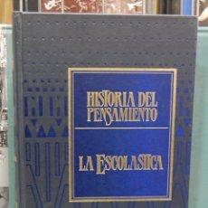 Libros de segunda mano: LMV - HISTORIA DEL PENSAMIENTO. VOLUMEN 2. LA ESCOLASTICA. Lote 80487621