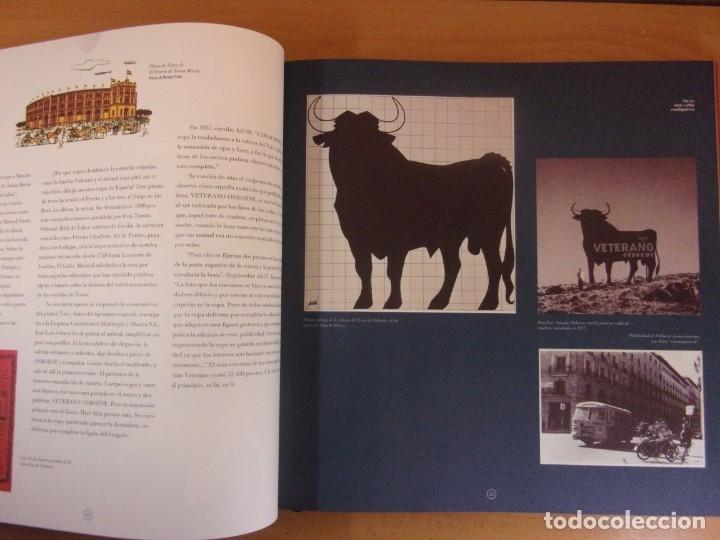 Libros de segunda mano: UN TORO NEGRO Y ENORME. EL TORO OSBORNE: MARC,SÍMBOLO,TÓTEM, IMAGEN UNIVERSAL - Foto 2 - 179949692