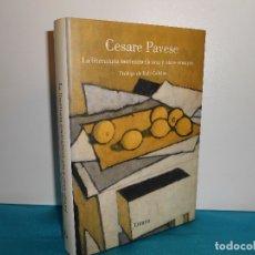 Libros de segunda mano: CESARE PAVESE, LA LITERATURA NORTEAMERICANA Y OTROS ENSAYOS - LUMEN, 2008, 1ª EDICIÓN. Lote 183556742