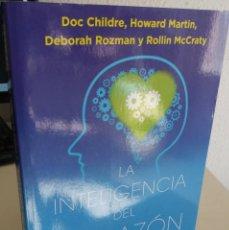 Libros de segunda mano: LA INTELIGENCIA DEL CORAZÓN. CÓMO CONECTAR CON LA INTUICIÓN..- AA.VV. Lote 187422182