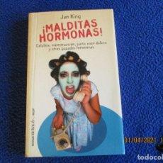 Libros de segunda mano: ¡ MALDITAS HORMONAS ! JAN KING EDITORIAL TEMAS DE HOY AÑO 2000. Lote 253504730