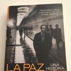 Libros de segunda mano: LA PAZ SIMULADA.UNA HISTORIA DE LA GUERRA FRÍA. VARIOS AUTORES.. ALIANZA EDITORIAL. Lote 274373873