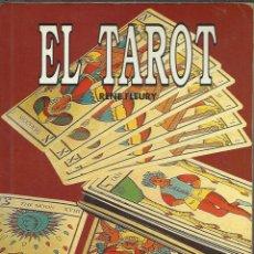 Libros de segunda mano: EL TAROT LIBRO ILUSTRADO CON 200 PAGINAS. Lote 45822792