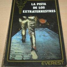 Libros de segunda mano: LA PISTA DE LOS EXTRATERRESTRES - GUY TARADE. Lote 75903283