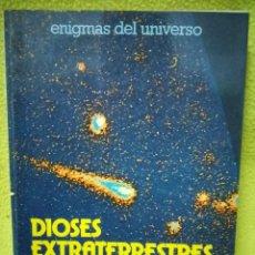 Libros de segunda mano: DIOSES EXTRATERRESTRES / JEAN SENDY / DAIMON / ILUSTRADO. Lote 100276059