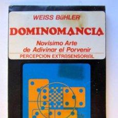 Libros de segunda mano: DOMINOMANCIA. WEISS BÜHLER. EDITORIAL CAYMI 1974. ILUSTRADO. 134 PAGS. INCLUYE JUEGO DE DOMINÓ TROQU. Lote 126113579