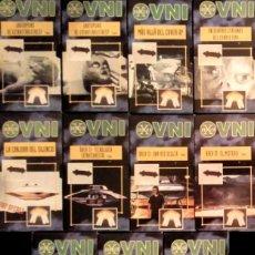 Libros de segunda mano: COLECCIÓN COMPLETA ''DOSSIER X OVNI'' (1997): 20 DOCUMENTALES (VHS), CINCO ARCHIVADORES Y UN PÓSTER. Lote 132185542