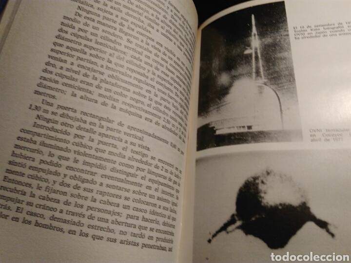 Libros de segunda mano: Los hombres de negro y los ovnis. (Fubio Zerpa) - Foto 2 - 142608501