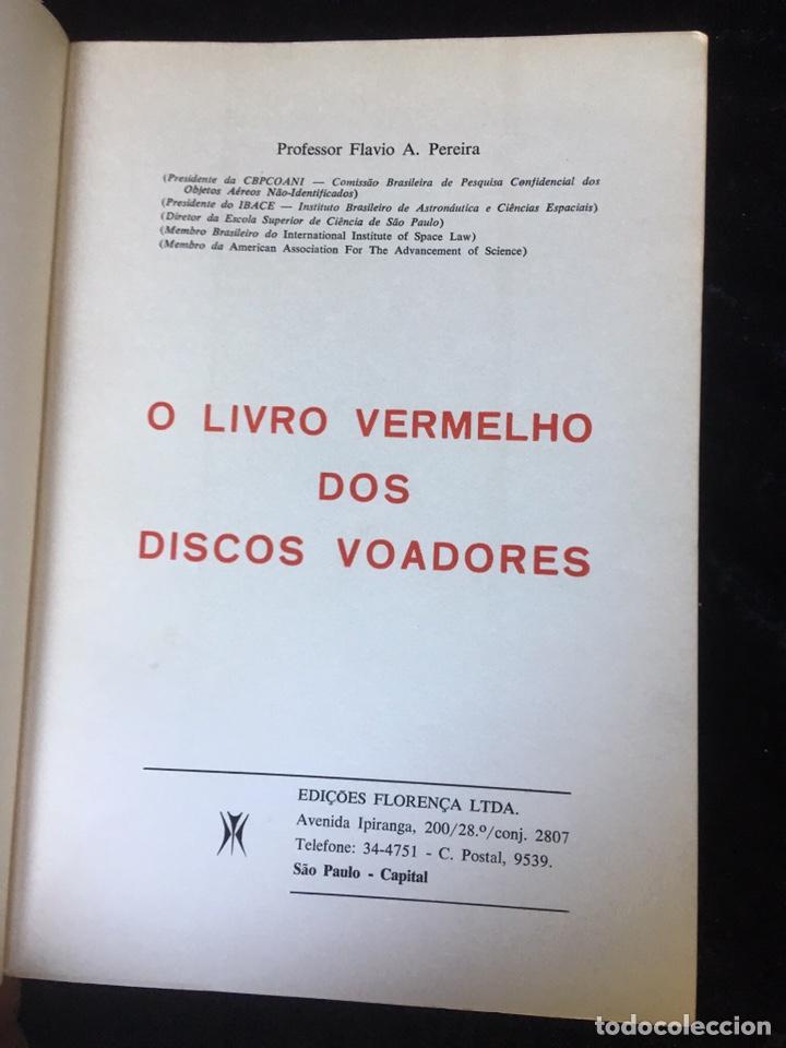 Libros de segunda mano: O LIVRO VERMELHO DOS DISCOS VOADORES - FLAVIO PEREIRA - OVNIS - ILUSTRADO - Foto 2 - 168468769
