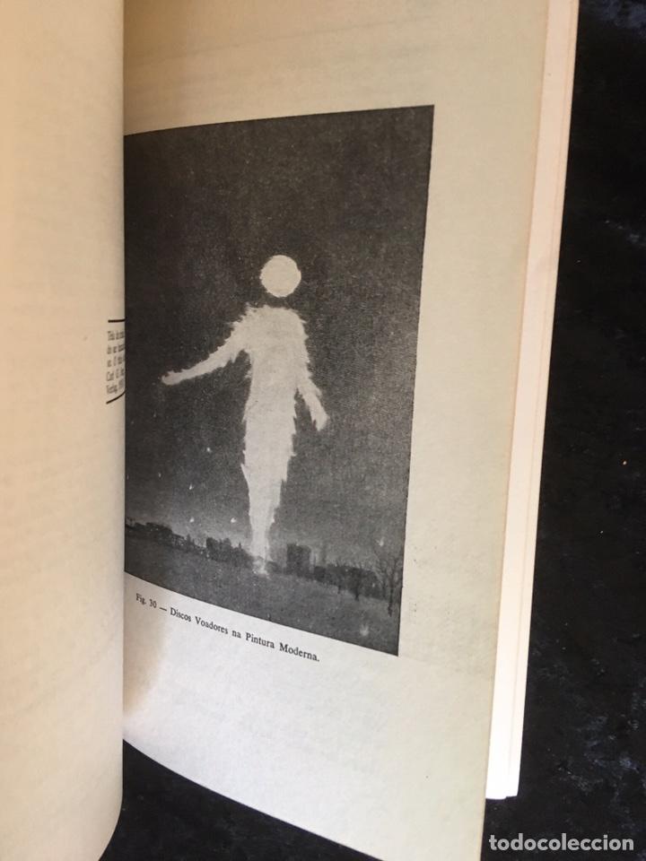 Libros de segunda mano: O LIVRO VERMELHO DOS DISCOS VOADORES - FLAVIO PEREIRA - OVNIS - ILUSTRADO - Foto 15 - 168468769
