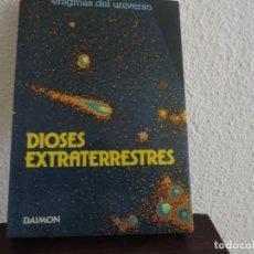 Libros de segunda mano: DIOSES EXTRATERRESTRES (JEAN SENDY) EDITORIAL DAIMON. Lote 171491527