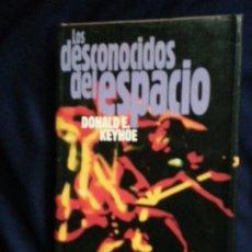 Libros de segunda mano: LOS DESCONOCIDOS DEL ESPACIO - DONALD KEYHOE. Lote 192071462