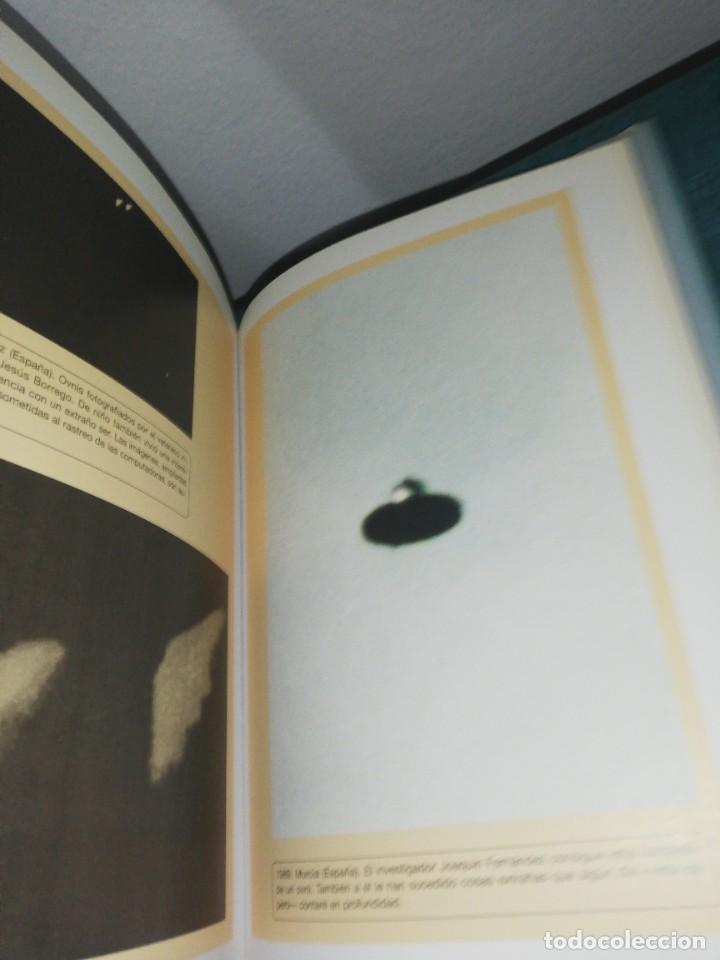 Libros de segunda mano: J. J. Benítez, mis ovnis favoritos - Foto 2 - 227279710