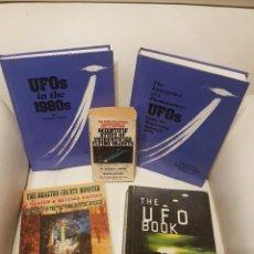 Libros de segunda mano: LOTE DE 5 MÍTICOS LIBROS EN INGLES SOBRE UFOLOGÍA - MUY RAROS - OVNIS - EXTRATERRESTRES - UFOS. Lote 209711985