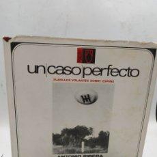 Libros de segunda mano: UN CASO PERFECTO PLATILLOS VOLANTES SOBRE ESPAÑA ANTONIO RIVERA Y RAFAEL FARRIOLS. Lote 287577353