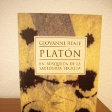 Libros de segunda mano: GIOVANNI REALE: PLATÓN. EN BÚSQUEDA DE LA FILOSOFÍA SECRETA (HERDER, 2001) COMO NUEVO. Lote 166700362