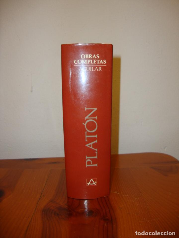 Libros de segunda mano: OBRAS COMPLETAS - PLATÓN - AGUILAR, PAPEL BIBLIA, 1700 PÁGS. - Foto 2 - 190636516