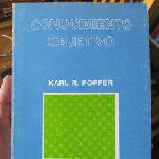 Libros de segunda mano: CONOCIMIENTO OBJETIVO. UN ENFOQUE EVOLUCIONISTA. KARL R. POPPER, ED. TECNOS, 1988 RARO. Lote 276368488