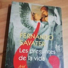 Libros de segunda mano: LES PREGUNTES DE LA VIDA (FERNANDO SAVATER). Lote 297113693