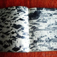 Libros de segunda mano: 1968-LIBRO FOTOS ANDALUCIA.JAÉN-GRANADA-SEVILLA-CÓRDOBA-MÁLAGA-HUELVA-CÁDIZ-ALMERÍA.GRAN CANTIDAD. Lote 45213876
