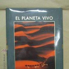 Libros de segunda mano: EL PLANETA VIVO ÁFRICA EDITORIAL PLANETA AÑO 2008 COMO NUEVO. Lote 53625177