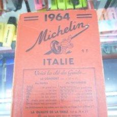 Libros de segunda mano: GUIA MICHELIN ITALIA 1964. TAPA DURA EN FRANCÉS E INTERIOR EN ITALIANO, FRANCÉS, ALEMÁN E INGLÉS.. Lote 81997132