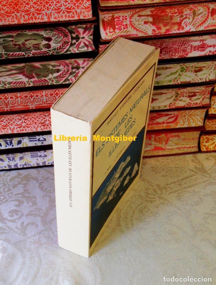 Libros de segunda mano: ELS SISTEMES NATURALS DE LES ILLES MEDES . Autor : J.Ros / J.Olivella / J.M. Gili - Foto 2 - 93339655