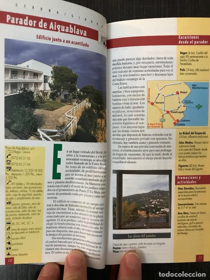 Libros de segunda mano: Paradores de Turismo España - Guías con Encanto - El País Aguilar - Foto 4 - 113178975