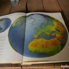 Libros de segunda mano: ATLAS DEL READERS DIGEST. . Lote 124529291