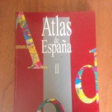 Libros de segunda mano: ATLAS DE ESPAÑA EL PAIS CARTOGRAFÍA AGUILAR TOMO II 295 PAGINAS ILUSTRADAS BARCELONA 1993 LE1004. Lote 136225409
