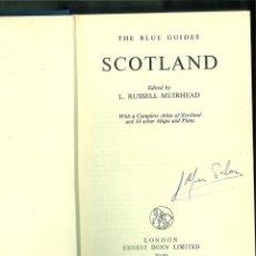 Libros de segunda mano: SCOTLAND. THE BLUE GUIDES. Lote 143726638