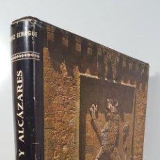 Libros de segunda mano: ESPAÑA. CASTILLOS Y ALCÁZARES. JOSÉ ORTIZ ECHAGÜE. MADRID. 1964.. Lote 144084710