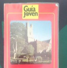 Libros de segunda mano: IRLANDA - ED GUIA JOVEN. Lote 151123622
