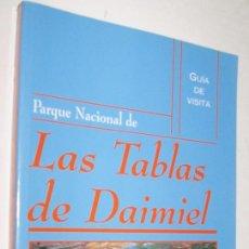 Libri di seconda mano: PARQUE NACIONAL DE LAS TABLAS DE DAIMIEL - GUIA DE VISITA - MUY ILUSTRADO. Lote 153104610