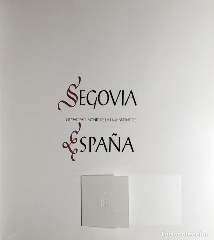 Libros de segunda mano: SEGOVIA, CIUDAD PATRIMONIO DE LA HUMANIDAD DE ESPAÑA / MANUEL TOHARIA, ETC. ARTEC, 2007. CON TARJETA - Foto 2 - 155250330