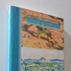 Libros de segunda mano: GUÍA DEL PARQUE NATURAL SIERRA DE GRAZALEMA - JUNTA DE ANDALUCÍA. Lote 155770885