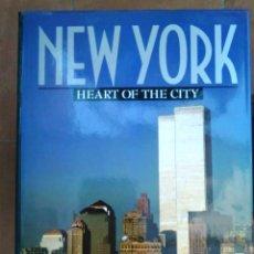 Libros de segunda mano: NEW YORK -HEART OF THE CITY. CON LAS TORRES GEMELAS. Lote 169007880