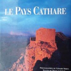 Libros de segunda mano: EL PAIS CÁTARO./ LE PAYS CATHARE (ESCRITO EN FRANCÉS)+DVD A VISTA DE PÁJARO.. Lote 176851472