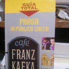 Libros de segunda mano: PRAGA REPUBLICA CHECA, GUIA TOTAL, ANAYA TOURING CLUB, 2005. Lote 194283751