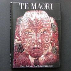 Libros de segunda mano: THE MAORI. MAORI ART FROM NEW ZEALAND COLLECTIONS - 1984. Lote 194635715