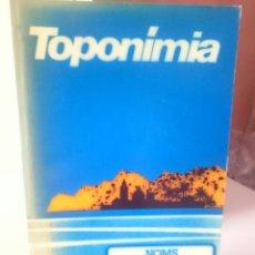 Libros de segunda mano: TOPONÍMIA - NOMS DELS POBLES VALENCIANS. Lote 205852071